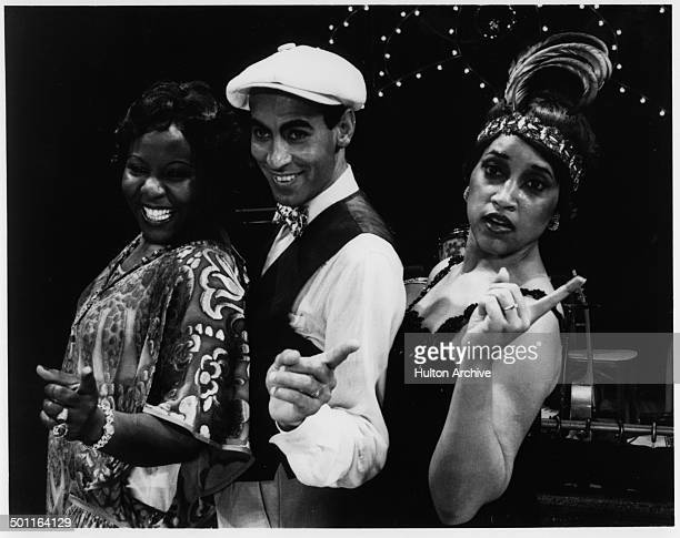 Sandra ReevesPhillips as Big Bertha Williams Vernel Bagneris as Papa Du and Jackee Harry as Ma Reed in the stage play 'One Mo' Time' The Great New...