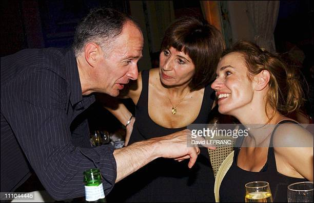 Sandrine Bonnaire Guillaume Laurent and Ariane Ascaride at Cabourg Romantic Film Festival in France on June 12 2004