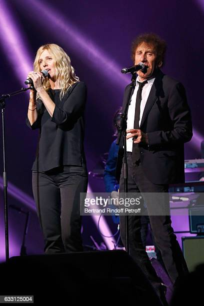 Sandrine Kiberlain and Alain Souchon perform during the Charity Gala against Alzheimer's disease at Salle Pleyel on January 30 2017 in Paris France