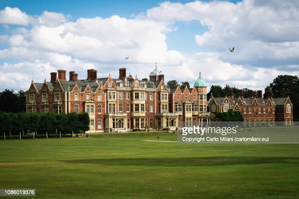 sandringham house - sandringham stock pictures, royalty-free photos & images