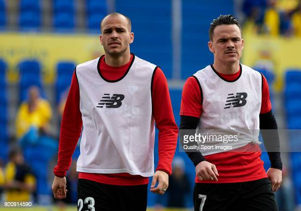 Sandro and Roque Mesa of Sevilla warm up during the La Liga match between Las Palmas and Sevilla at Estadio Gran Canaria on February 17 2018 in Las...