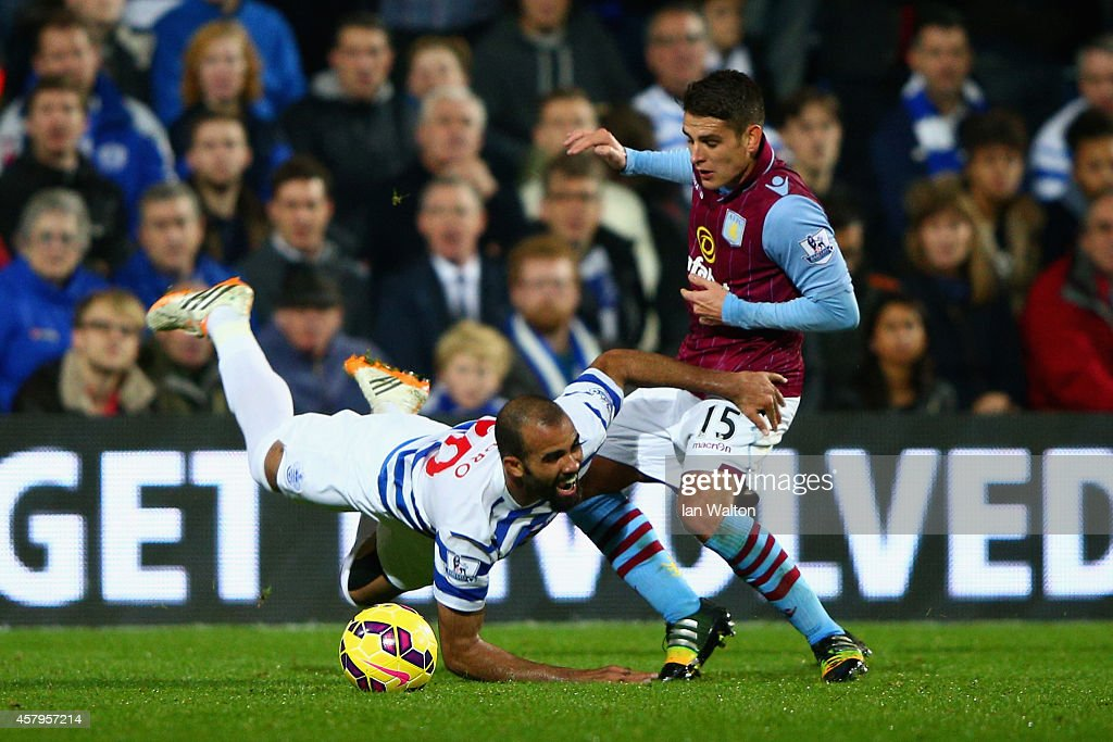 Queens Park Rangers v Aston Villa - Premier League : News Photo
