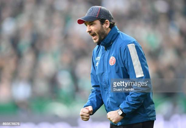 Sandro Schwarz head coach of Mainz shouts during the Bundesliga match between SV Werder Bremen and 1 FSV Mainz 05 at Weserstadion on December 16 2017...