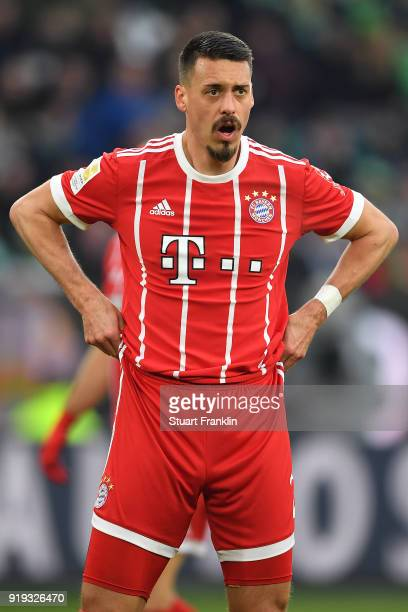 Sandro Wagner of Muenchen pulls his pants during the Bundesliga match between VfL Wolfsburg and FC Bayern Muenchen at Volkswagen Arena on February 17...