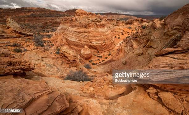 サンドストーン formationsa アットサウスコヨーテビュート,, paria 渓谷朱色の崖の荒野 - スロット渓谷 ストックフォトと画像