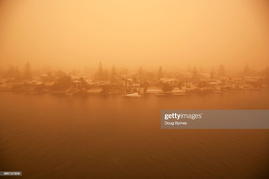 Sandstorm at Surfers Paradise : Stock-Foto