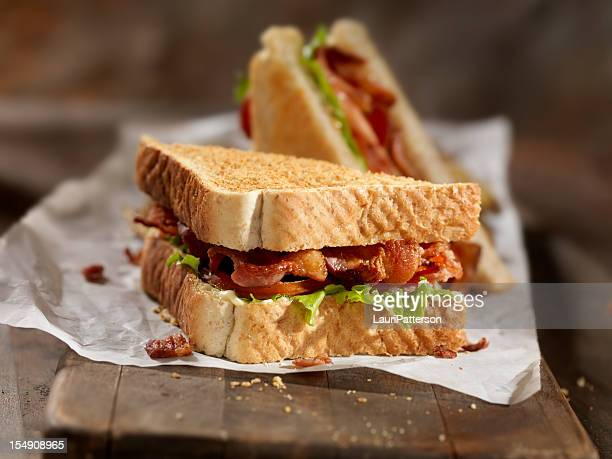 Sándwiches sándwich con papas fritas
