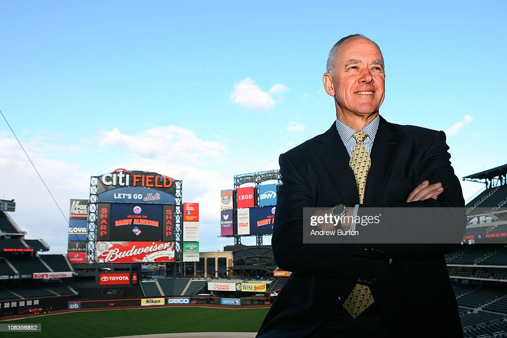 New York Mets Introduce Sandy Alderson as General Manager : News Photo