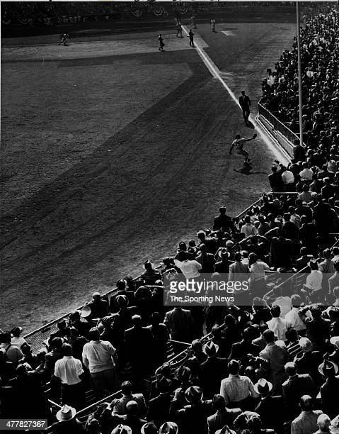 Sandy Amoros of the Brooklyn Dodgers makes a great catch in Game Seven of the 1955 World Series against the New York Yankees October 4 1955 at Yankee...