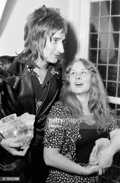 Sandy Denny top female singer and Rod Stewart top male singer with their awards at the Melody Maker Pop Poll Awards 15th September 1971