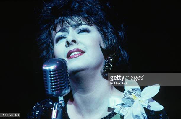 Sandy Kelly Performs in Patsy Cline