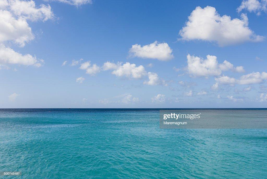 Sandy Lane beach, view over the sea : ストックフォト