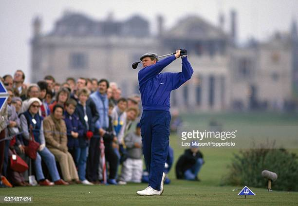 Sandy Lyle of Great Britain in action during the Dunhill Cup at St Andrews circa October 1987