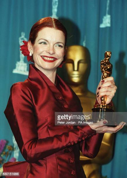 Sandy Powell with her Oscar, which she won for Best Costume Design for the film 'Shakespeare in Love', at the 71st annual Academy Awards in Los...