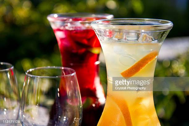 Sangria in red and white