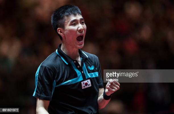 Sangsu Lee of South Korea celebrates during Men's Singles quarterfinals at Table Tennis World Championship at Messe Duesseldorf on June 2 2017 in...