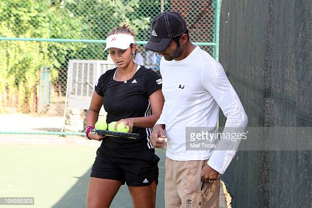 Sania Mirza with husband Shoaib Malik at the Panchsheel Club in New Delhi on September 28 2010