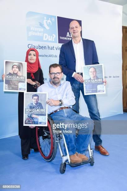 Saniye Akguel motiv Muslima producer Andreas Schneider and molecular biologist Oliver Lenz during the ARD Themenwoche 2017 'Woran glaubst Du' at Soho...