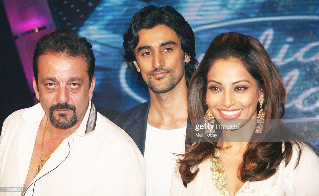 Sanjay Dutt Kunal Kapur and Bipasha Basu on the sets of Indian Idol 4 in Mumbai on June 24 2010