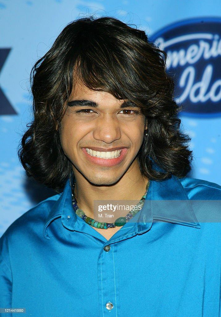 American Idol Celebrates the Top 12 Contestants