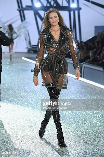 Sanne Vloet walks the runway at the Victoria's Secret Fashion Show on November 30 2016 in Paris France