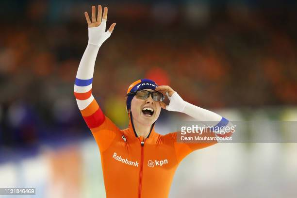 Sanneke de Neeling of the Netherlands celebrates after she competes in the Women's 1000m Sprint during day 2 of the ISU World Sprint Speed Skating...