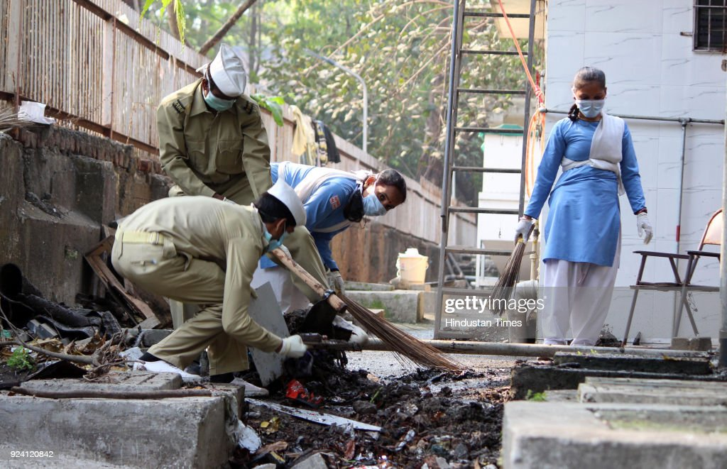 Sant Nirankari Charitable Trust Organizes A Massive Cleanliness Drive At Thane Civil Hospital