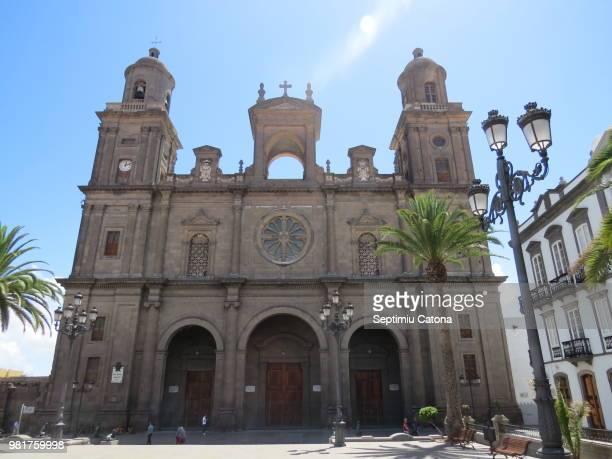 santa ana cathedral, las palmas de gran canaria - las palmas cathedral stock photos and pictures