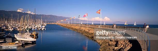 santa barbara harbor - timothy hearsum stockfoto's en -beelden