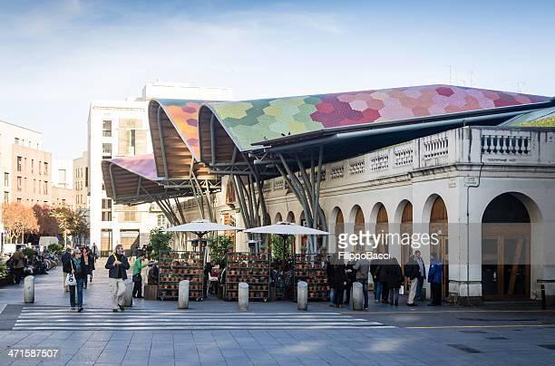 Santa Caterina mercado en Barcelona, España