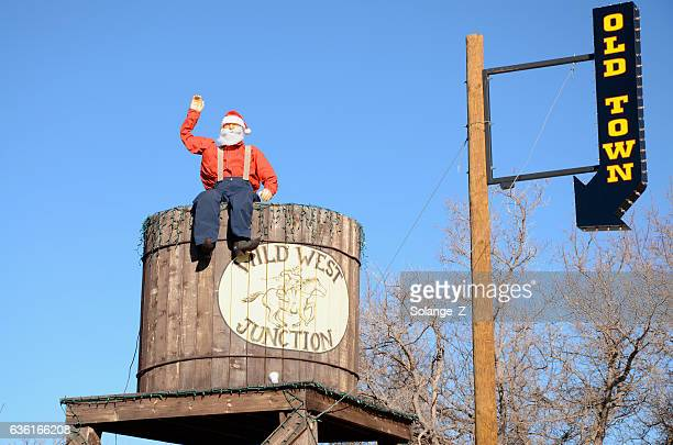 santa claus in the wild west - arizona christmas stock pictures, royalty-free photos & images