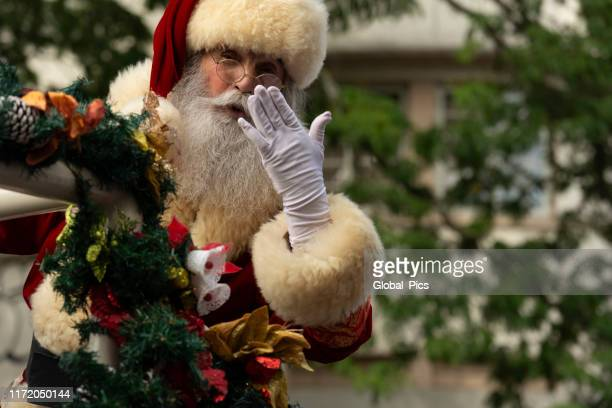 santa claus - parade stock pictures, royalty-free photos & images