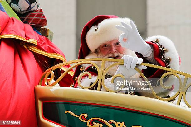 Santa Claus proceeds down 6th Av during the 90th Macy's Annual Thanksgiving Day Parade on November 24 2016 in New York City Security was tight in New...