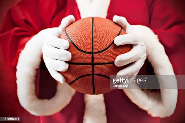 Santa Claus mit basketball