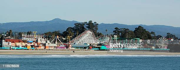 Plage et promenade Santa Cruz, en Californie, du parc d'attractions