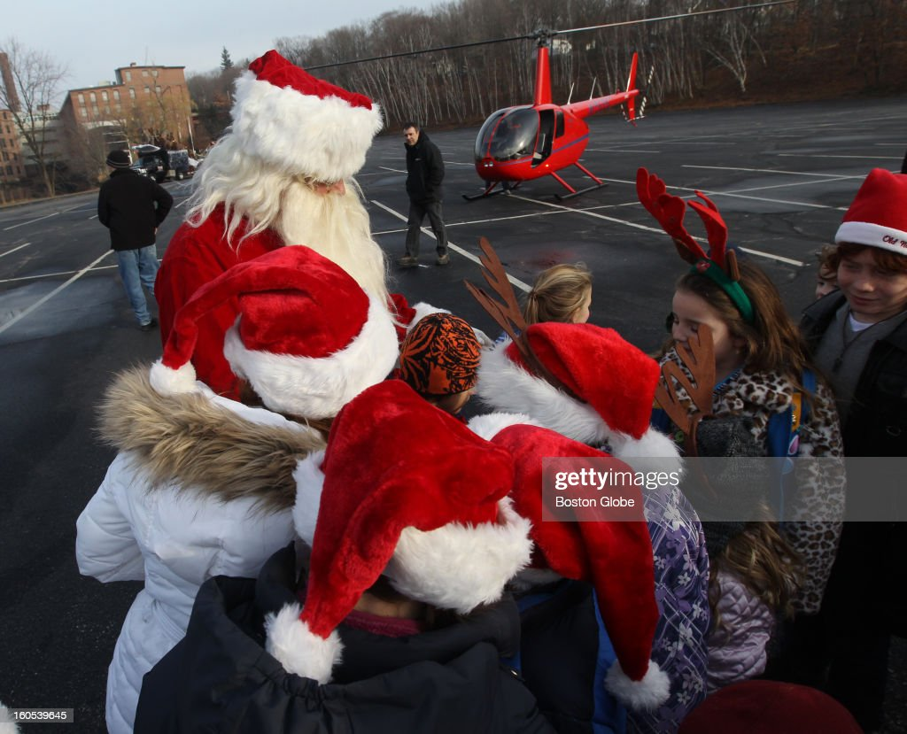 Maynard Christmas Parade 2021 Santa Gives Out Candy Canes After Arriving In Helicopter At The News Photo Getty Images