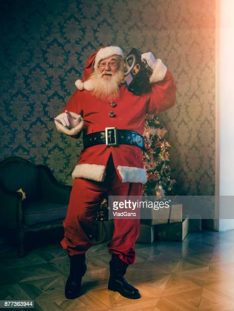 Santa ist Musikhören