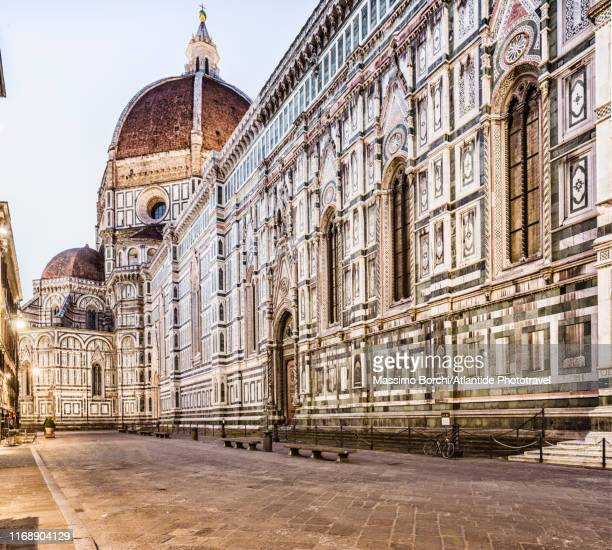 santa maria del fiore cathedral (duomo) - image stock pictures, royalty-free photos & images