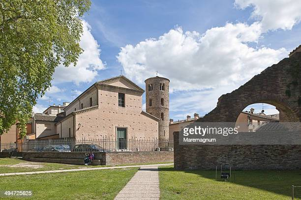 santa maria maggiore church - ラヴェンナ ストックフォトと画像