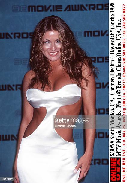 Santa Monica CA Carmen Electra at the 1998 MTV Movie Awards The program hosted by Samuel L Jackson will be broadcast on MTV Thursday June 4 from 911...