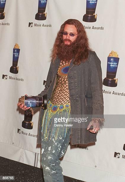 Santa Monica CA Winner of Best Male Performance Jim Carrey at the 1999 MTV Movie Awards Photo by David Keeler/Online USA Inc