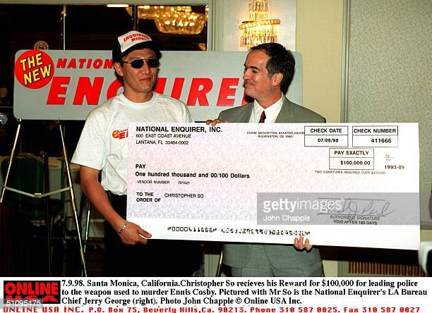 7998 Santa Monica California Christopher So Recieves His $100000 Reward For Leading Police To The Weapon Used To Murder Ennis Cosby Pictured With Mr...