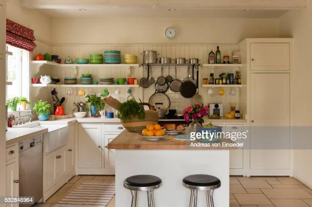 santa monica home of textile and interior designer kathryn ireland - domestic kitchen stock pictures, royalty-free photos & images