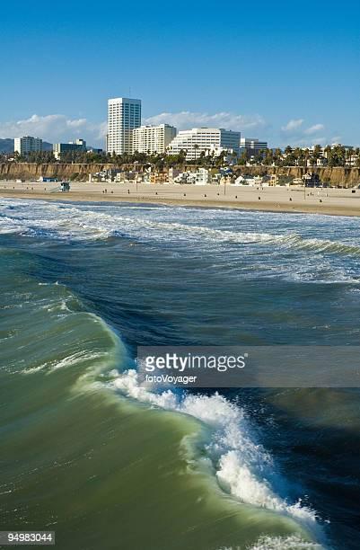 santa monica surf la - la waterfront stock pictures, royalty-free photos & images