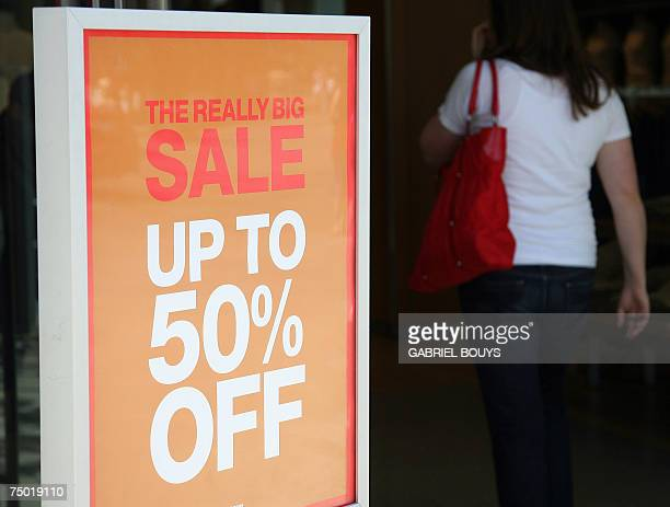 Customers shop during the 4th of July summer sale on Third Street in Santa Monica California 03 July 2007 AFP PHOTO/GABRIEL BOUYS