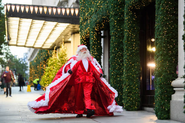 GBR: Selfridges Unveil Annual Christmas Window Display
