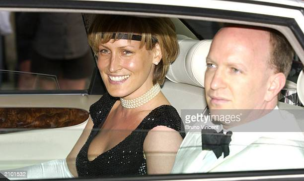Santa SebagMontefiore arrives at Prince William's 21st birthday party June 21 2003 at Windsor Castle United Kingdom