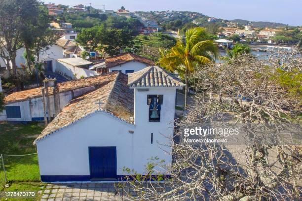 santanna church in buzios, rio de janeiro - marcelo nacinovic stock pictures, royalty-free photos & images