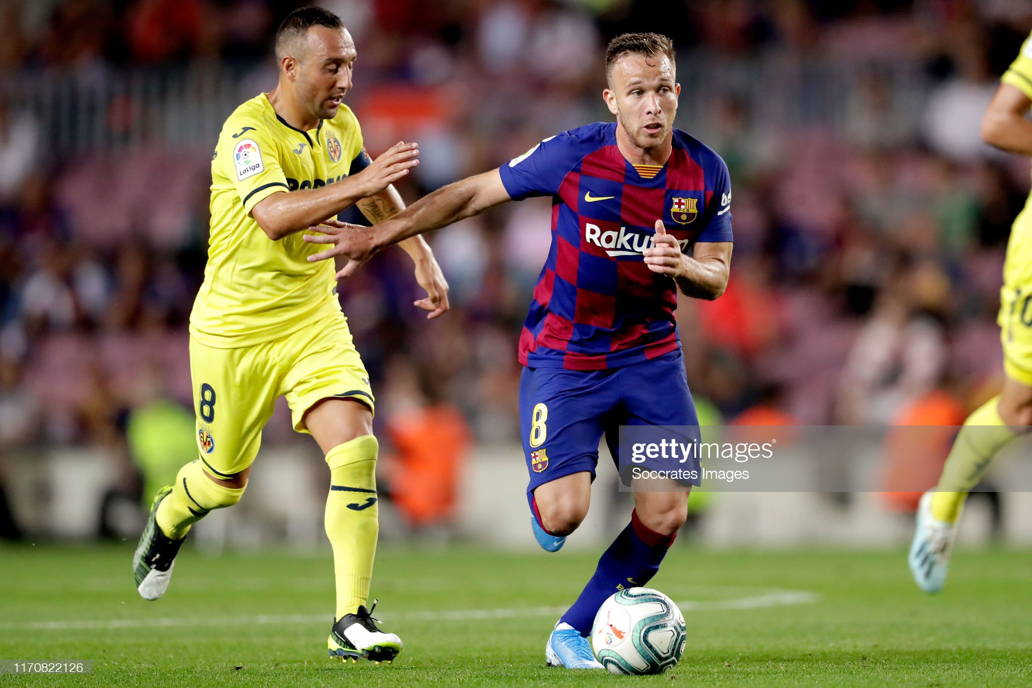 صور مباراة : برشلونة - فياريال 2-1 ( 24-09-2019 )  Santi-cazorla-of-villarreal-arthur-of-fc-barcelona-during-the-la-liga-picture-id1170822126?s=2048x2048