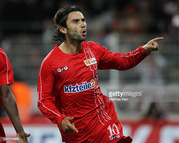 Santi Kolk of Union jubilates after scoring the second goal during the Second Bundesliga match between 1.FC Union Berlin and Hertha BSC Berlin at...